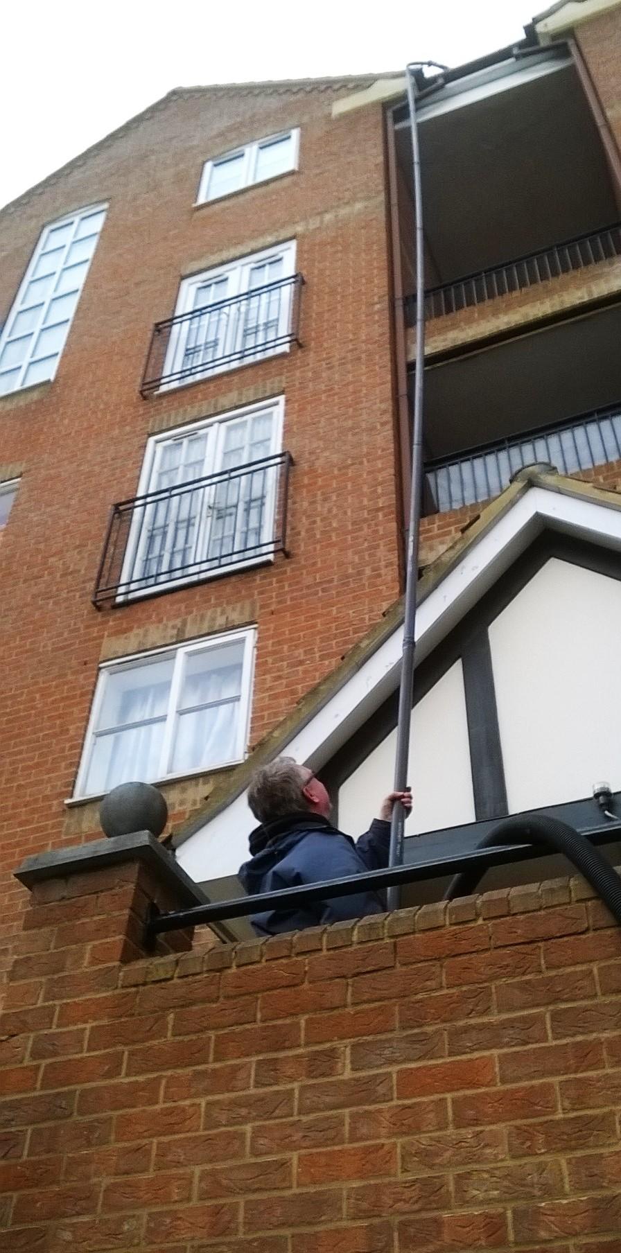 Block of flats gutter cleaner